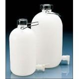 Бутылка узкогорлая, с вентилем и ручкой, 10 л, пластиковая PE-HD (81662) (Vitlab)