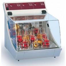 Инкубатор-шейкер GFL 3033